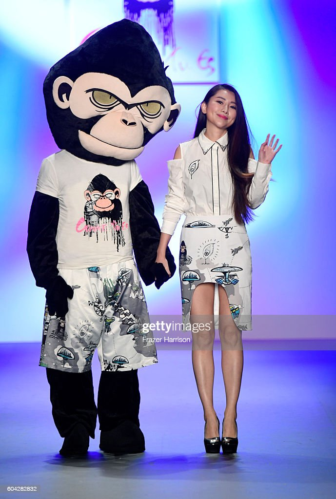 NY: Comme Tu Es - Runway - September 2016 - New York Fashion Week: The Shows