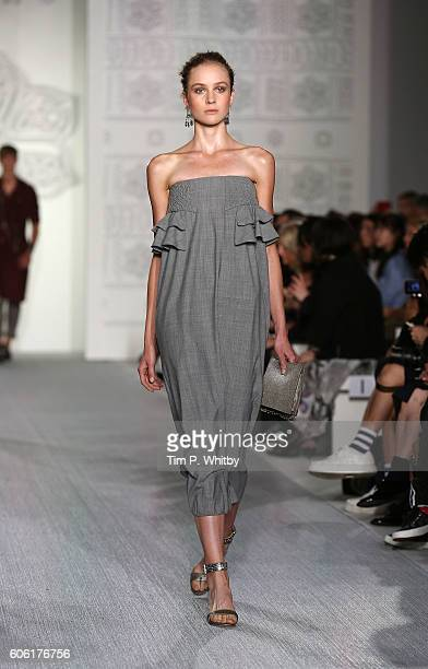 A model walks the runway at the DAKS show during London Fashion Week Spring/Summer collections 2017 at Central Hall Westminster on September 16 2016...