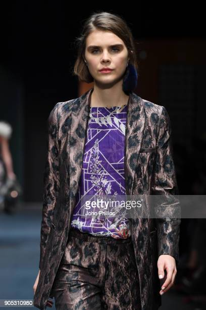 A model walks the runway at the Dawid Tomaszewski show during the MBFW Berlin January 2018 at ewerk on January 15 2018 in Berlin Germany