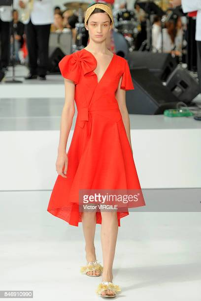 A model walks the runway at the Delpozo Ready to Wear Spring/Summer 2018 fashion show during New York Fashion Week on September 13 2017 in New York...