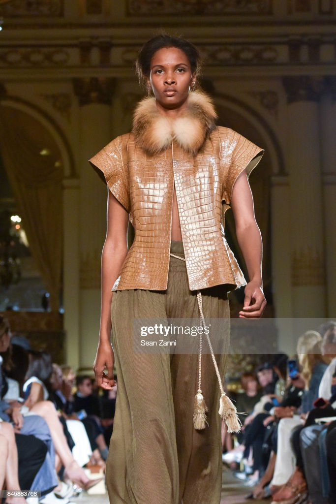 A model walks the runway at the Dennis Basso Spring/Summer 2018 Runway Show during New York Fashion Week at The Plaza Hotel on September 11, 2017 in New York City.