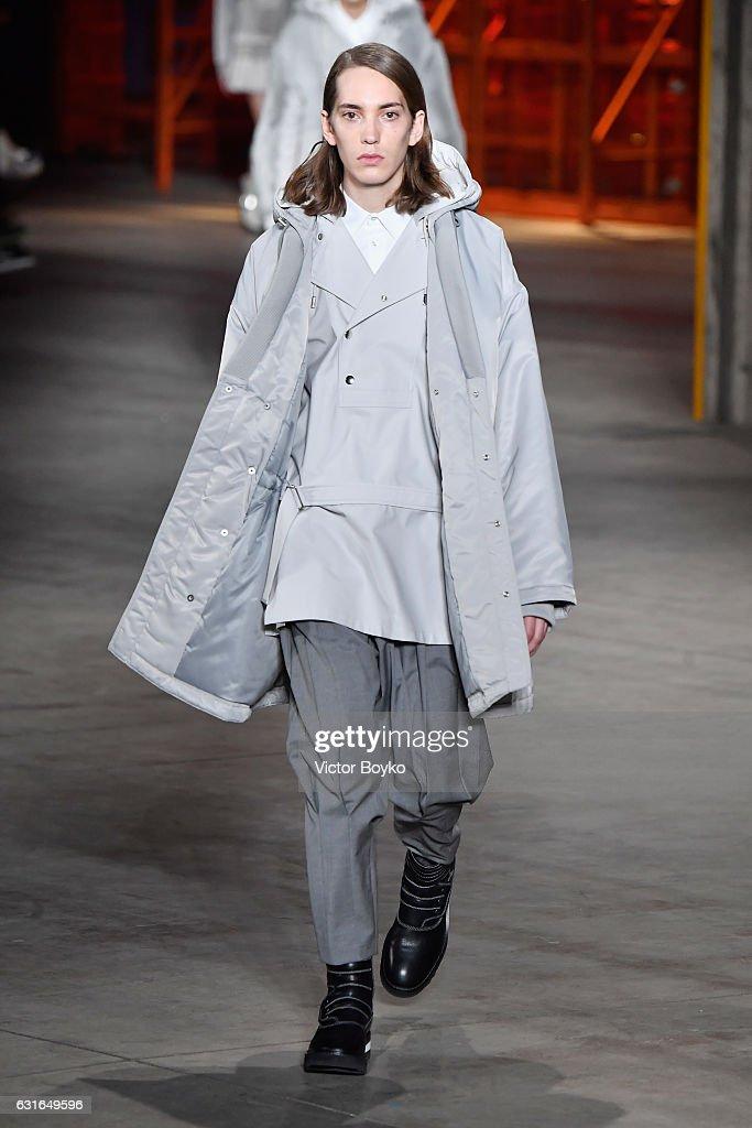 Diesel Black Gold - Runway - Milan Men's Fashion Week Fall/Winter 2017/18 : News Photo