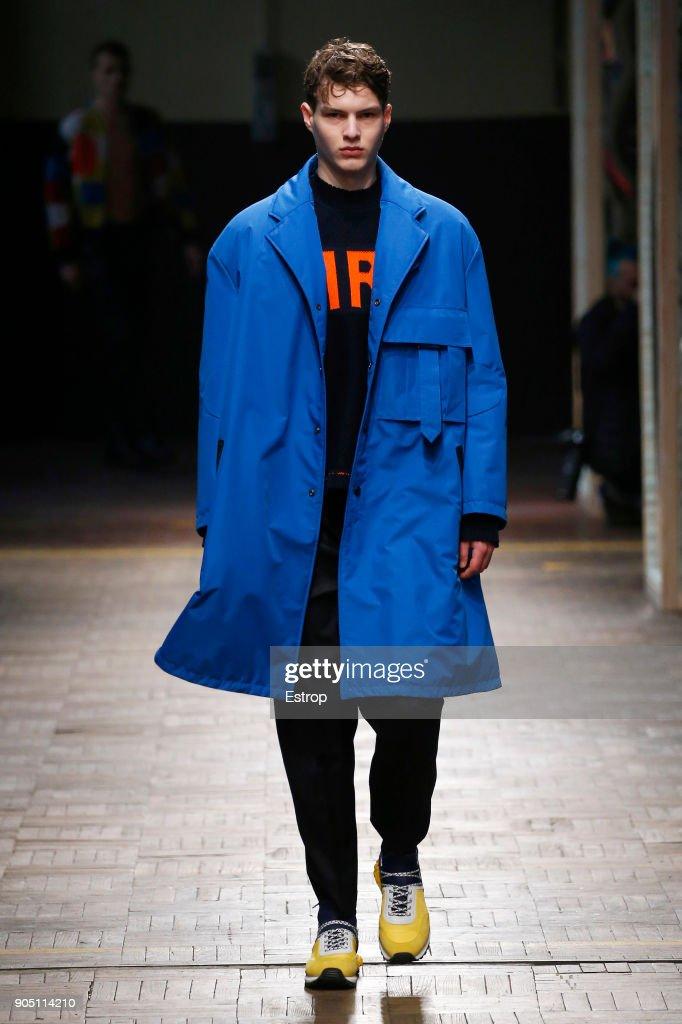 Dirk Bikkembergs - Runway - Milan Men's Fashion Week Fall/Winter 2018/19 : ニュース写真