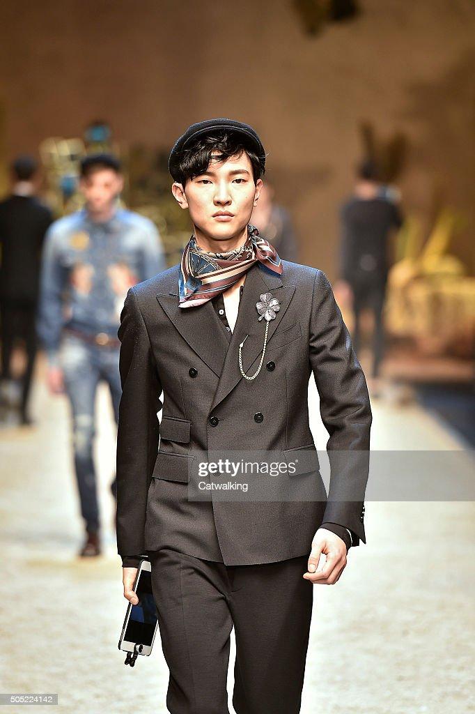 70ce55c43a01 Dolce   Gabbana - Mens Fall 2016 Runway - Milan Menswear Fashion Week    News Photo
