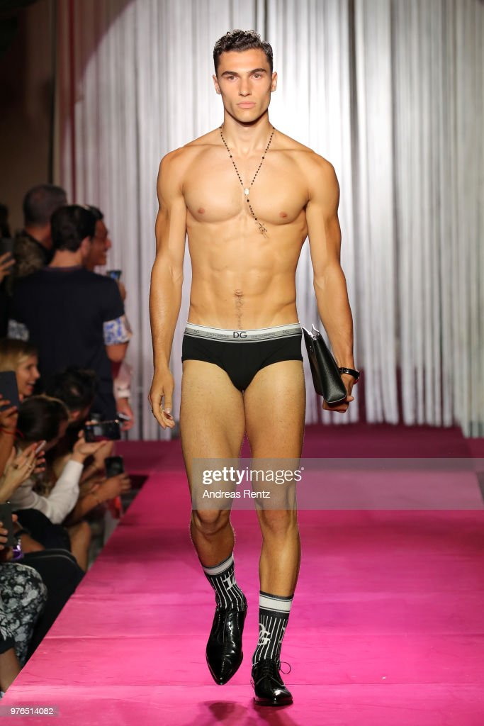 Dolce & Gabbana Naked King Secret Show - Runway - Milan Men's Fashion Week Spring/Summer 2019