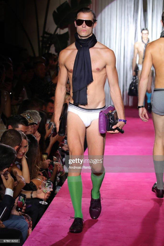 Dolce & Gabbana Naked King Secret Show - Runway - Milan Men's Fashion Week Spring/Summer 2019 : News Photo
