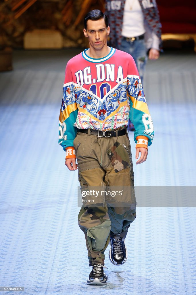 Dolce & Gabbana - Runway - Milan Men's Fashion Week Spring/Summer 2019 : Nachrichtenfoto