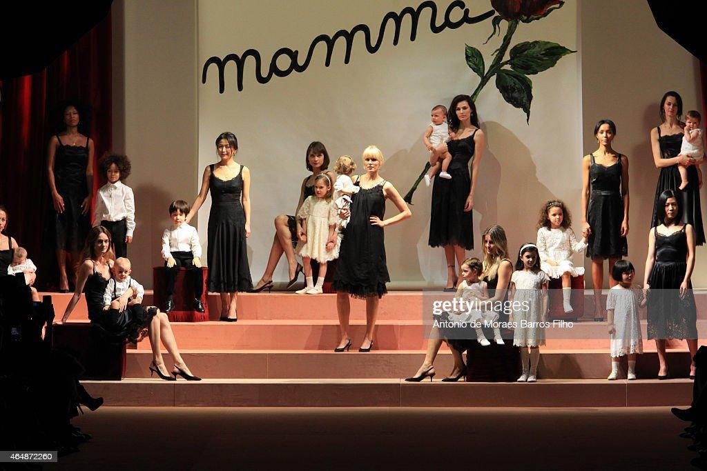 Dolce & Gabbana- Runway - MFW FW2015 : News Photo