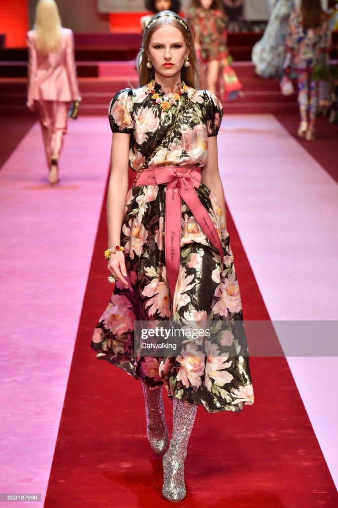 Dolce & Gabbana - Runway RTW - Spring 2018 - Milan Fashion Week : News Photo