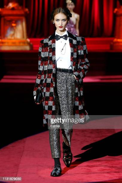 A model walks the runway at the Dolce show at Milan Fashion Week Autumn/Winter 2019/20 on February 20 2019 in Milan Italy 2019 in Milan Italy