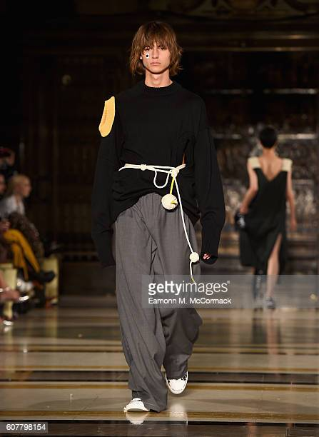 A model walks the runway at the Dumpty show at Fashion Scout during London Fashion Week Spring/Summer collections 2017 on September 19 2016 in London...
