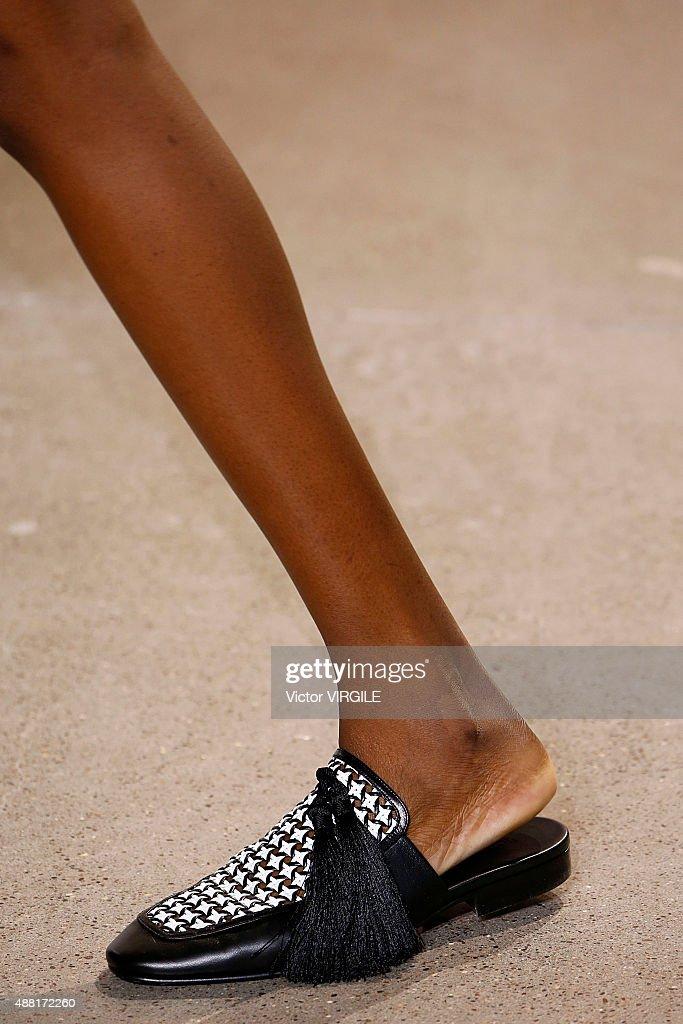 Edun - Runway - Spring 2016 New York Fashion Week : News Photo