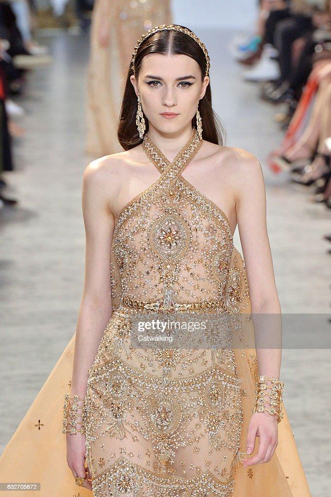 Elie Saab - Spring Summer 2017 Runway - Paris Haute Couture Fashion Week : News Photo