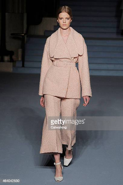 A model walks the runway at the Emilia Wickstead Autumn Winter 2015 fashion show during London Fashion Week on February 21 2015 in London United...