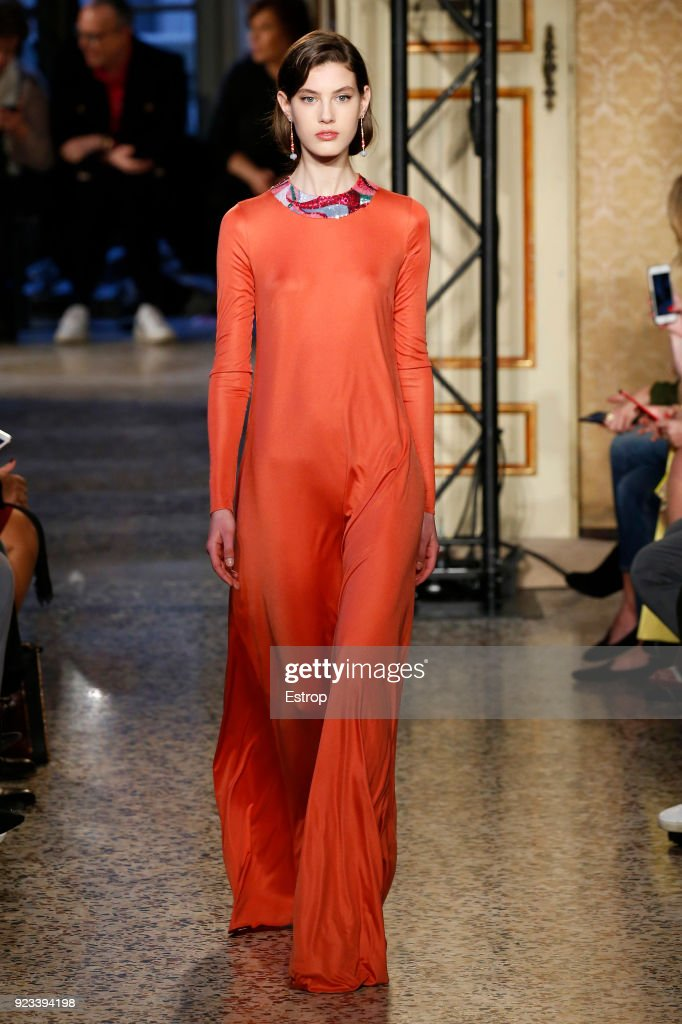 Emilio Pucci - Runway - Milan Fashion Week Fall/Winter 2018/19 : ニュース写真