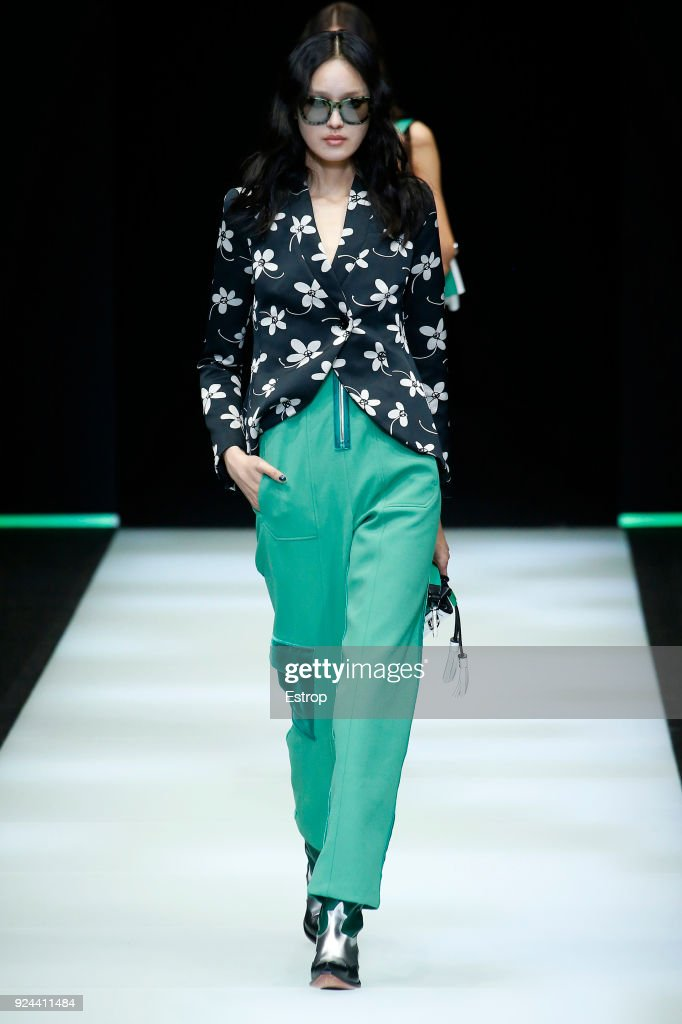 Emporio Armani - Runway - Milan Fashion Week Fall/Winter 2018/19 : Nachrichtenfoto