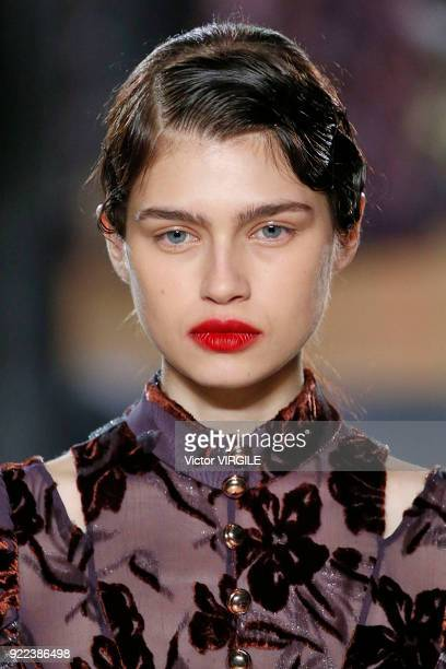 A model walks the runway at the ERDEM Ready to Wear Fall/Winter 20182019 fashion show during London Fashion Week February 2018 on February 19 2018 in...