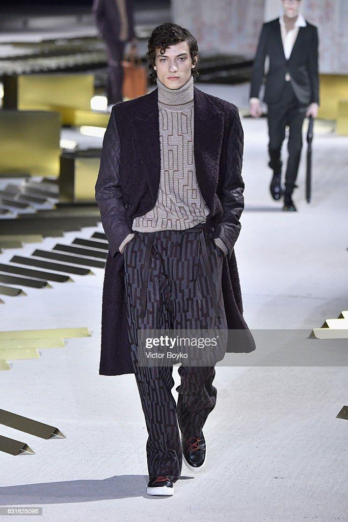 Ermenegildo Zegna - Runway - Milan Men's Fashion Week Fall/Winter 2017/18 : News Photo
