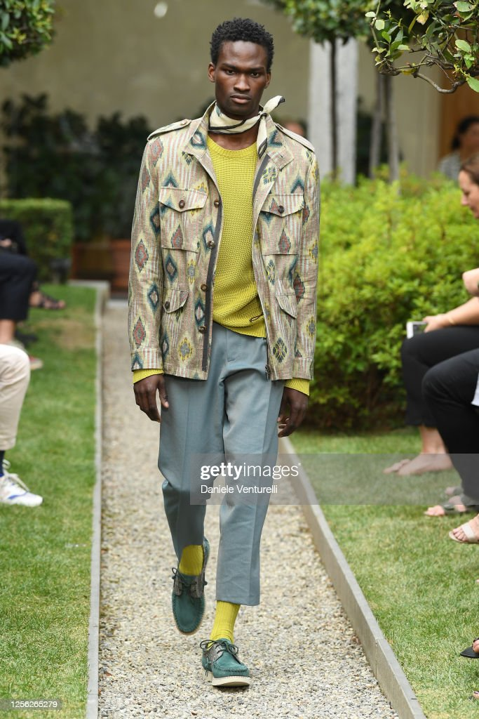 Etro Runway - Milan Digital Fashion Week : ニュース写真