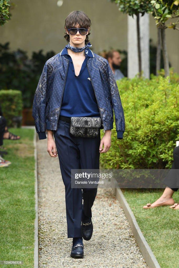 Etro Runway - Milan Digital Fashion Week : ニュース写真