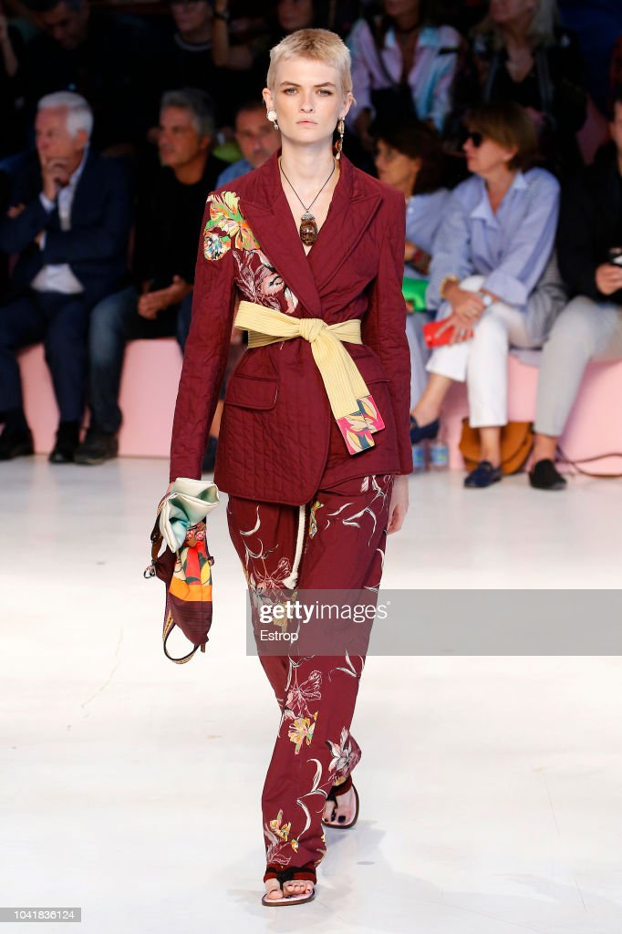 model-walks-the-runway-at-the-etro-show-during-milan-fashion-week-picture-id1041836124