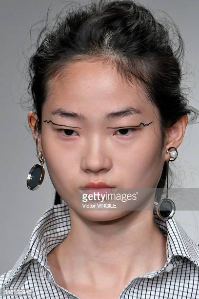 A model walks the runway at the Eudon Choi Ready to Wear Spring/Summer 2018 fashion show during London Fashion Week September 2017 on September 15...