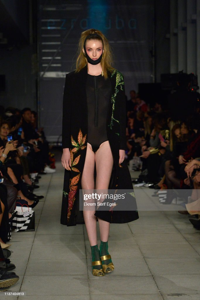 Ezra Tuba - Runway - Mercedes-Benz Fashion Week Istanbul - March 2019 : News Photo