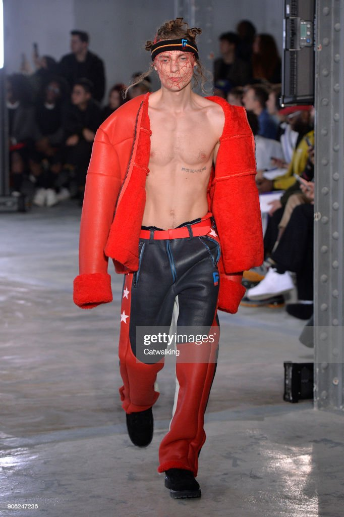 Facetasm - Mens Fall 2018 Runway - Paris Menswear Fashion Week