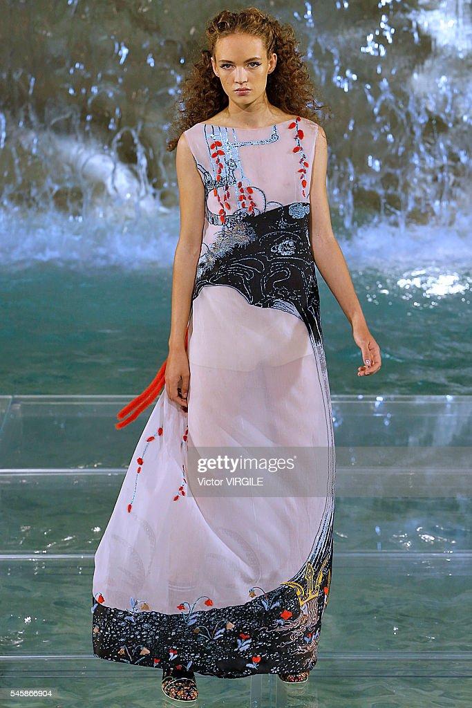 Fendi Roma 90 Years Anniversary - Fashion Show : News Photo