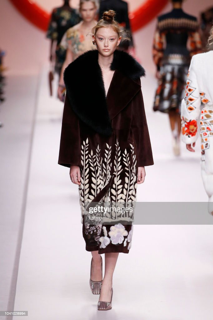 Fendi - Runway - Milan Fashion Week Spring/Summer 2019 : ニュース写真