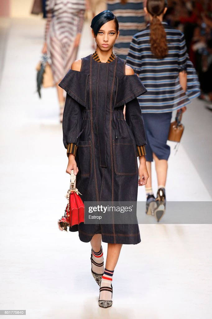 Fendi - Runway - Milan Fashion Week Spring/Summer 2018 : News Photo