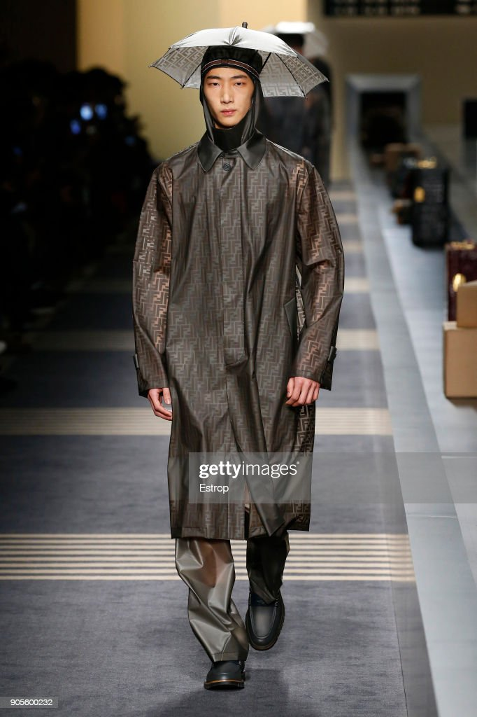 Fendi - Runway - Milan Men's Fashion Week Fall/Winter 2018/19 : Nachrichtenfoto