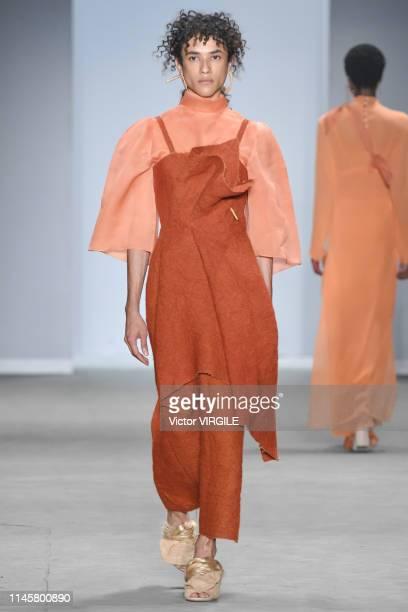 A model walks the runway at the Flavia Aranha fashion show during Sao Paulo Fashion Week N47 Summer 2020 on April 27 2019 in Sao Paulo Brazil