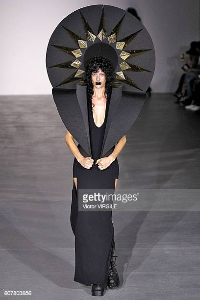 Model walks the runway at the Gareth Pugh show during London Fashion Week Spring/Summer collections 2016/2017 on September 17, 2016 in London, United...