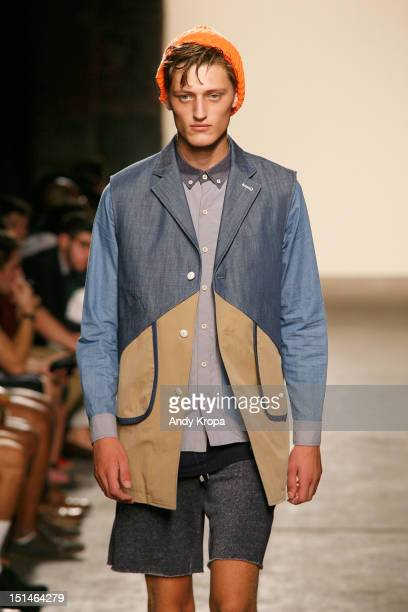 A model walks the runway at the General Idea spring 2013 fashion show during MercedesBenz Fashion Week at Eyebeam Studio on September 7 2012 in New...
