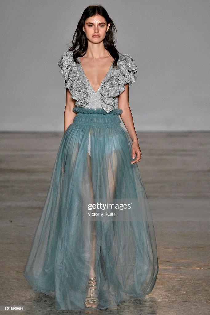 Dresses fashion summer 2018