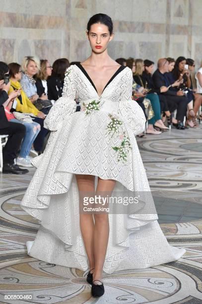 Model walks the runway at the Giambattista Valli Autumn Winter 2017 fashion show during Paris Haute Couture Fashion Week on July 3, 2017 in Paris,...