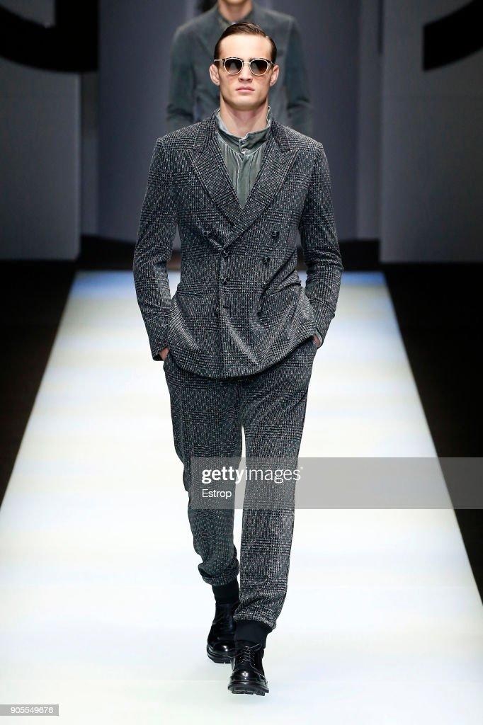Giorgio Armani - Runway - Milan Men's Fashion Week Fall/Winter 2018/19 : News Photo
