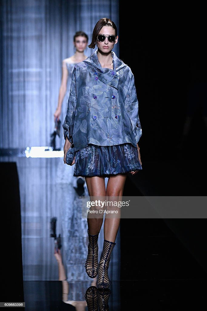 Giorgio Armani - Runway - Milan Fashion Week SS17 : ニュース写真