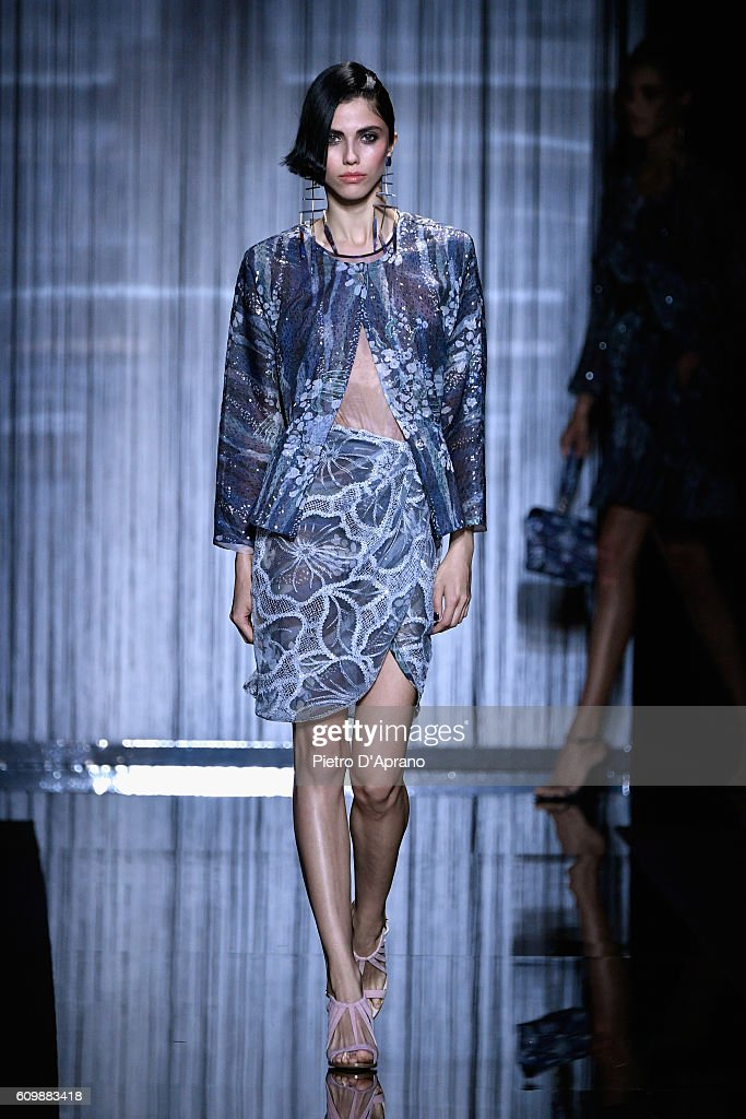 Giorgio Armani - Runway - Milan Fashion Week SS17 : ニュース写真