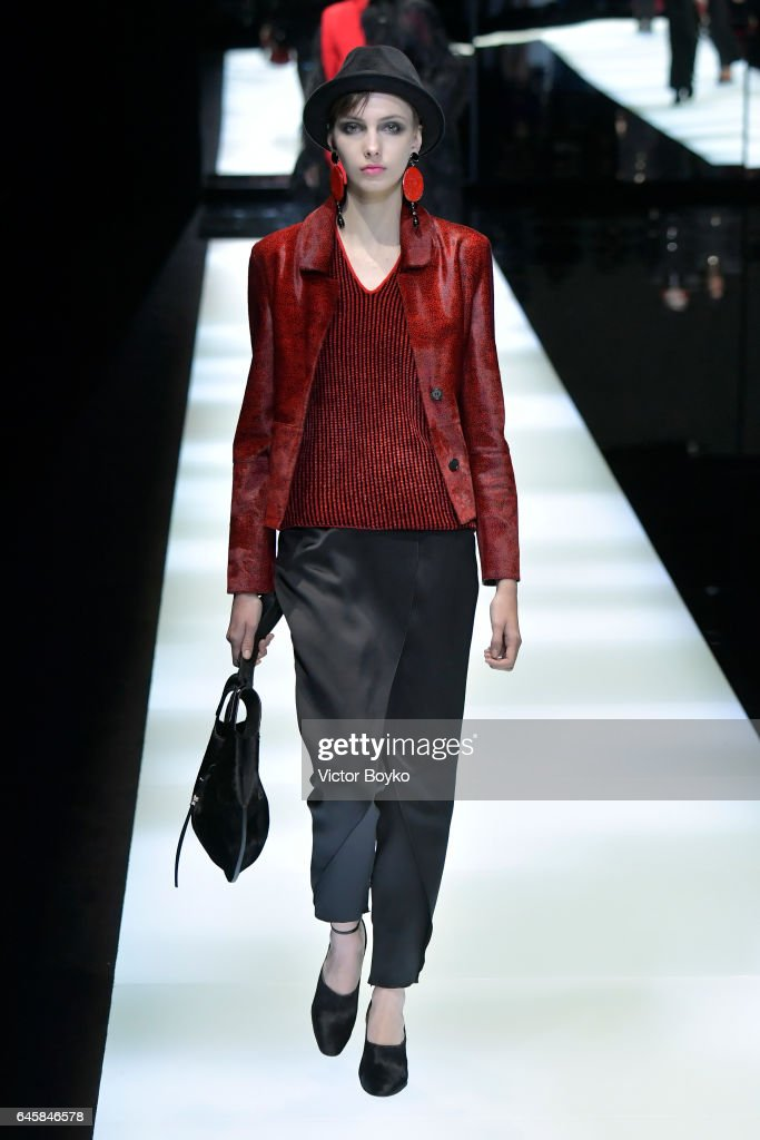 Giorgio Armani - Runway - Milan Fashion Week Fall/Winter 2017/18 : ニュース写真