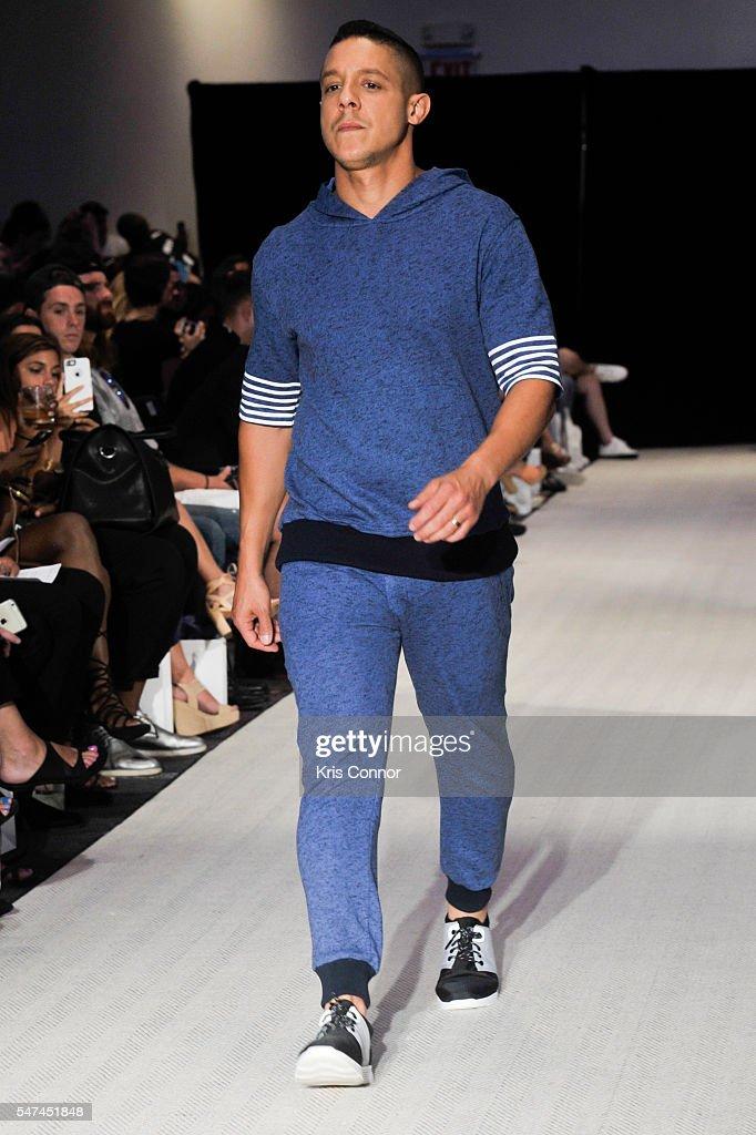 NY: Grungy Gentleman - Runway - New York Fashion Week: Men's S/S 2017
