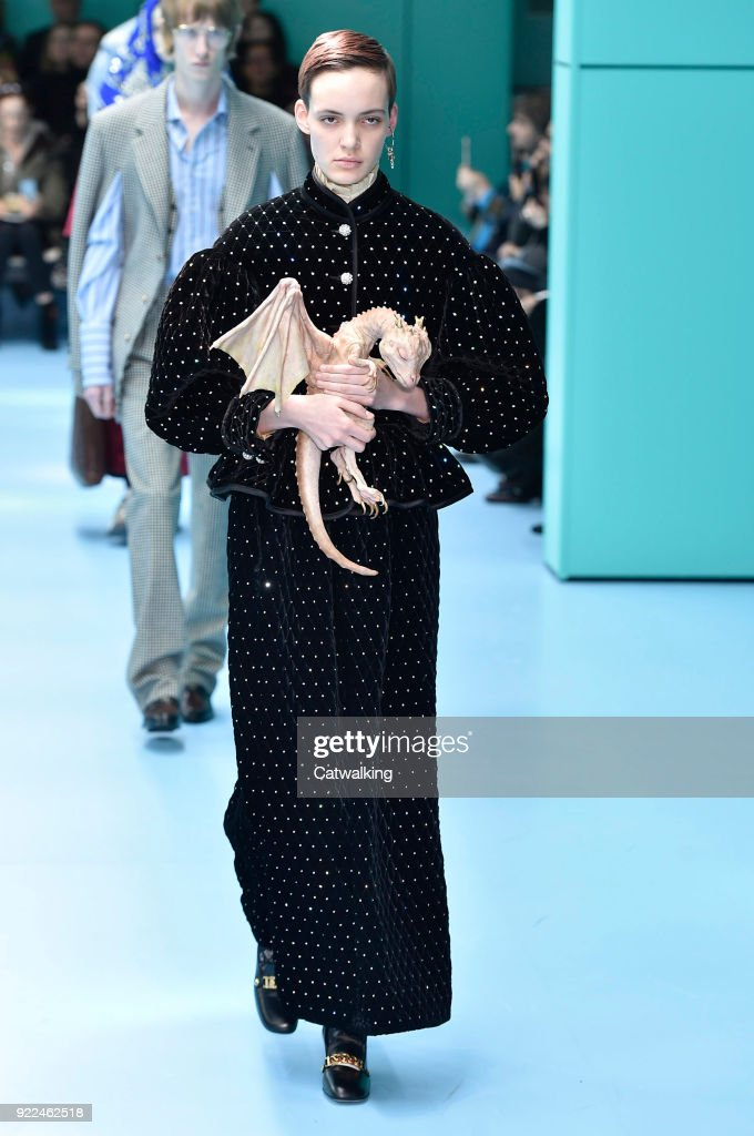 Gucci - Runway RTW - Fall 2018 - Milan Fashion Week : Nachrichtenfoto