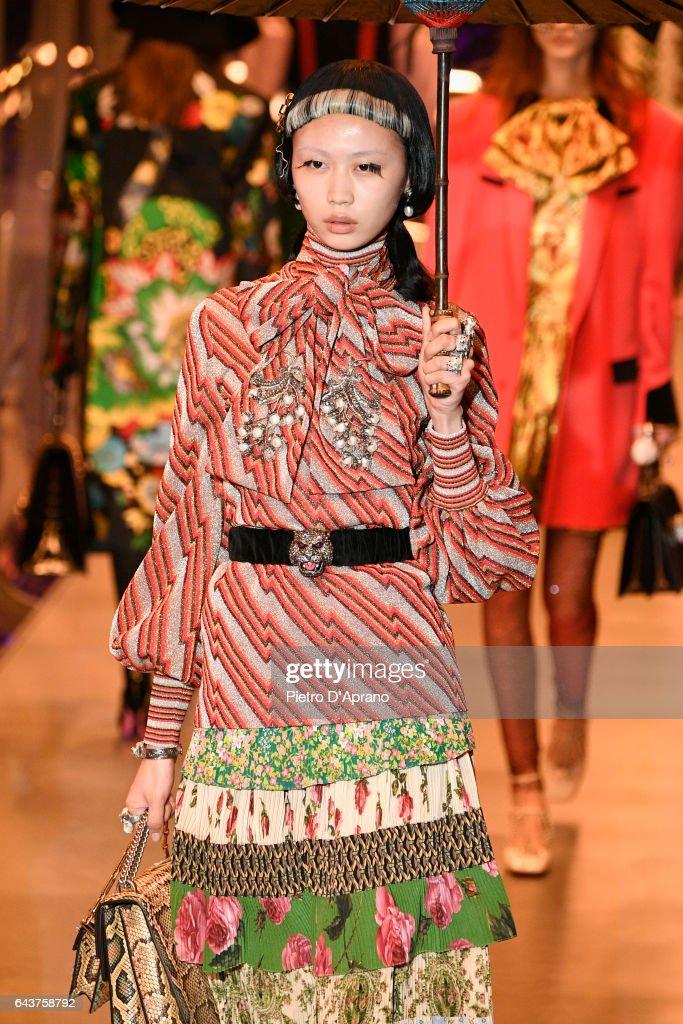 Gucci - Runway - Milan Fashion Week Fall/Winter 2017/18 : News Photo