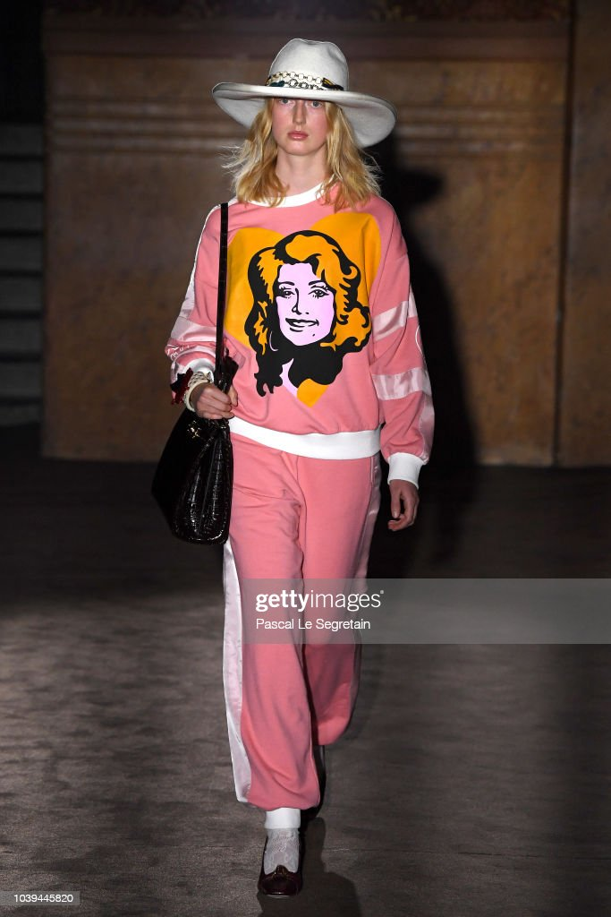 model-walks-the-runway-at-the-gucci-show-during-paris-fashion-week-picture-id1039445820