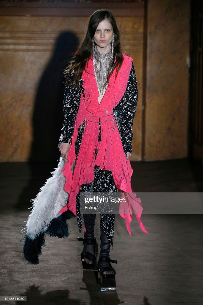 Gucci - Runway - Paris Fashion Week Spring/Summer 2019 : ニュース写真