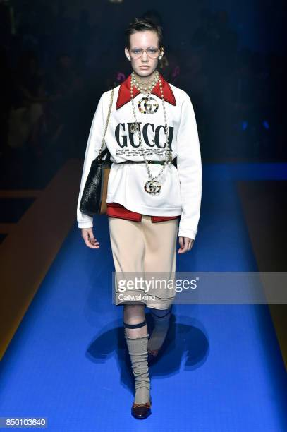 87f9773daaddfa A model walks the runway at the Gucci Spring Summer 2018 fashion show  during Milan Fashion