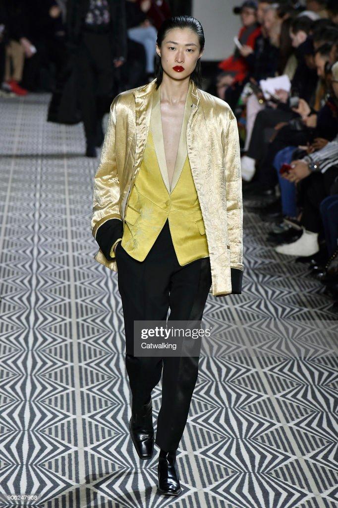 Haider Ackermann - Mens Fall 2018 Runway - Paris Menswear Fashion Week