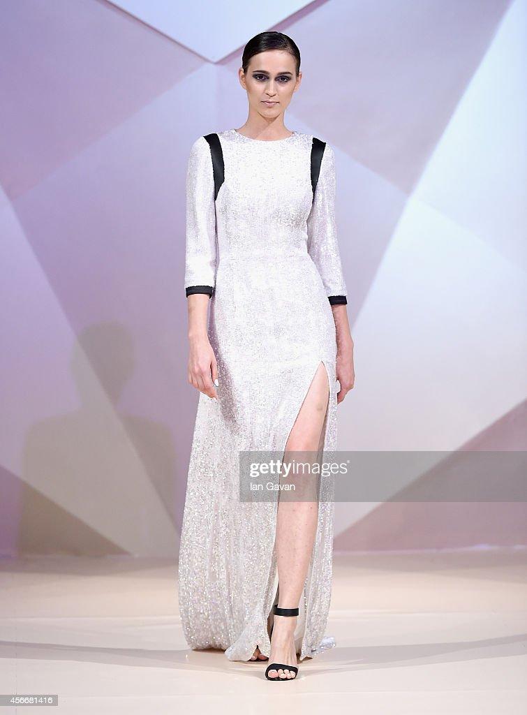 Hasan Hejazi - Runway - Fashion Forward Dubai October 2014 : Fotografía de noticias