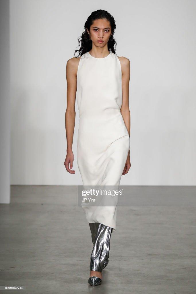 2398eb4b10d9 Helmut Lang - Runway - February 2019 - New York Fashion Week  The Shows